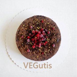 Sodriai šokoladinis tortukas su vyšniomis ir šokolado kremu